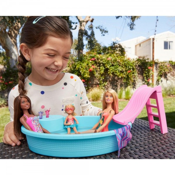 BARBIE SET PAPUSA CU PISCINA