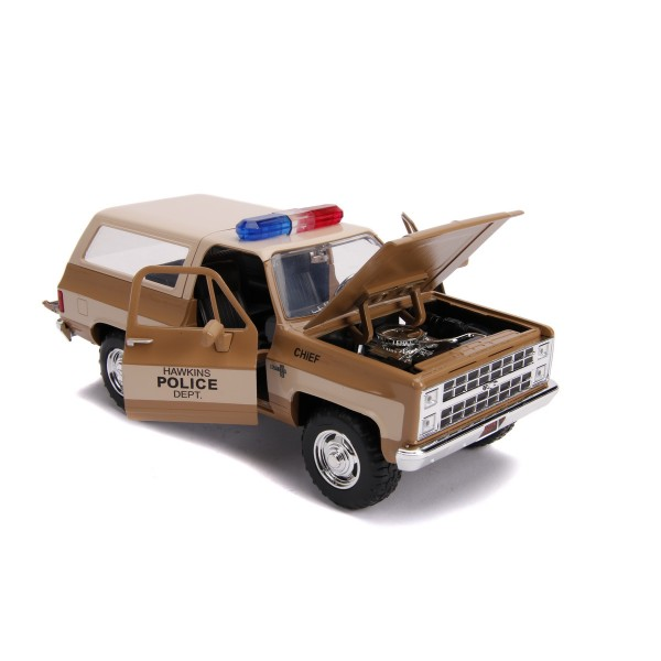 MACHETA METALICA 1980 CHEVY POLICE K5 SCARA 1 LA 24